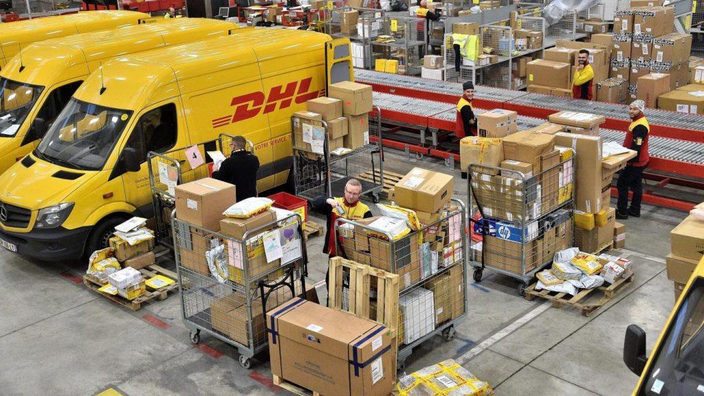 Dịch vụ vận chuyển hàng từ Colorado Springs, Mỹ về Việt Nam uy tín, đảm bảo, và nhanh chóng